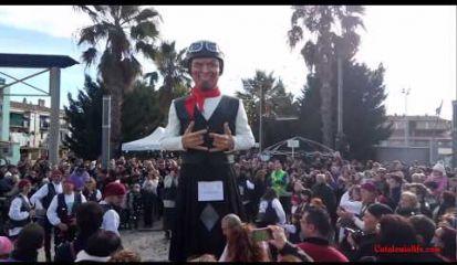 Embedded thumbnail for Праздник Сан Антонио в Англесе , 2017 год - Открытие новой куклы - великана