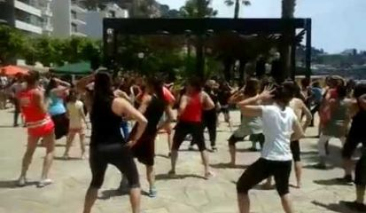Embedded thumbnail for Master- class body combat i bollywood