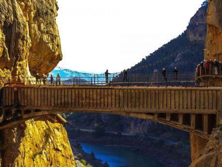 Достопримечательности Испании: Королевская тропа в ущелье Эль Чорро. (El Caminito del Rey / Эль Каминито дель Рей)