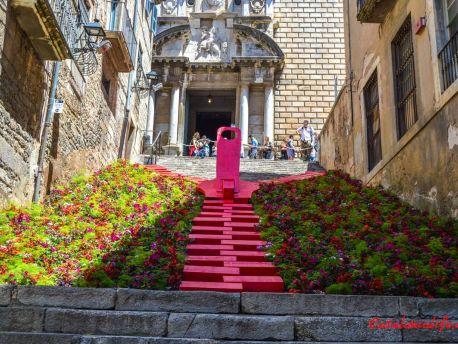 """Фестиваль цветов в Жироне """"Время цветов. Под открытым небом"""" 2021 / """"Girona, Temps de Flors. A cel obert"""""""