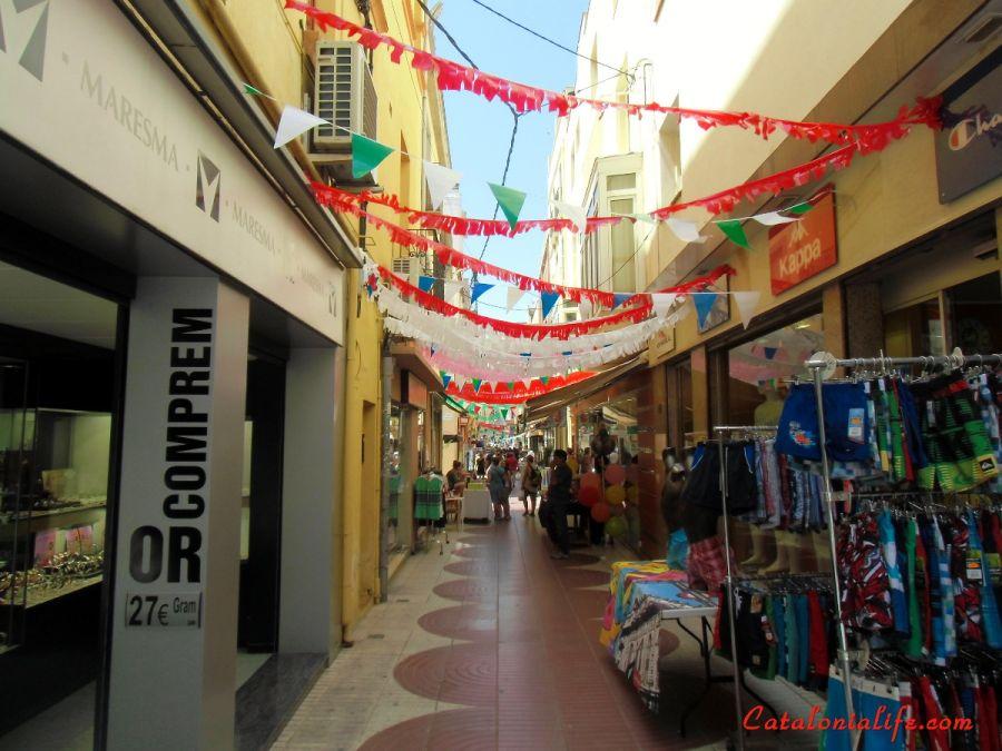 Летняя уличная распродажа 2015 ( XXV Botiga al Carrer)