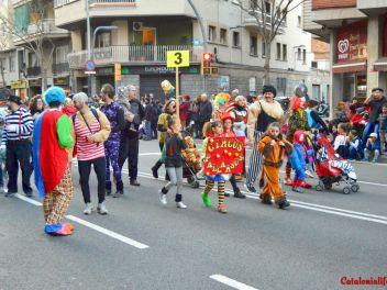 Фотоотчет с праздничного карнавала в Барселоне на улице Сантс (Sants) от 25.02.2017 (Гран-Руа-де-Карнавал де Сантс)