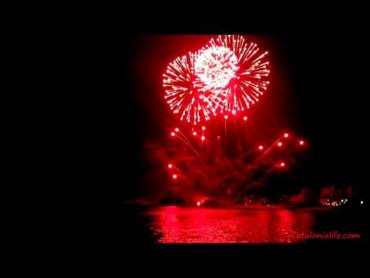 Embedded thumbnail for Fireworks in Blanes 2015, day 3. Pirotecnia Accitana Maria Angustias, Granada, Spain. full video